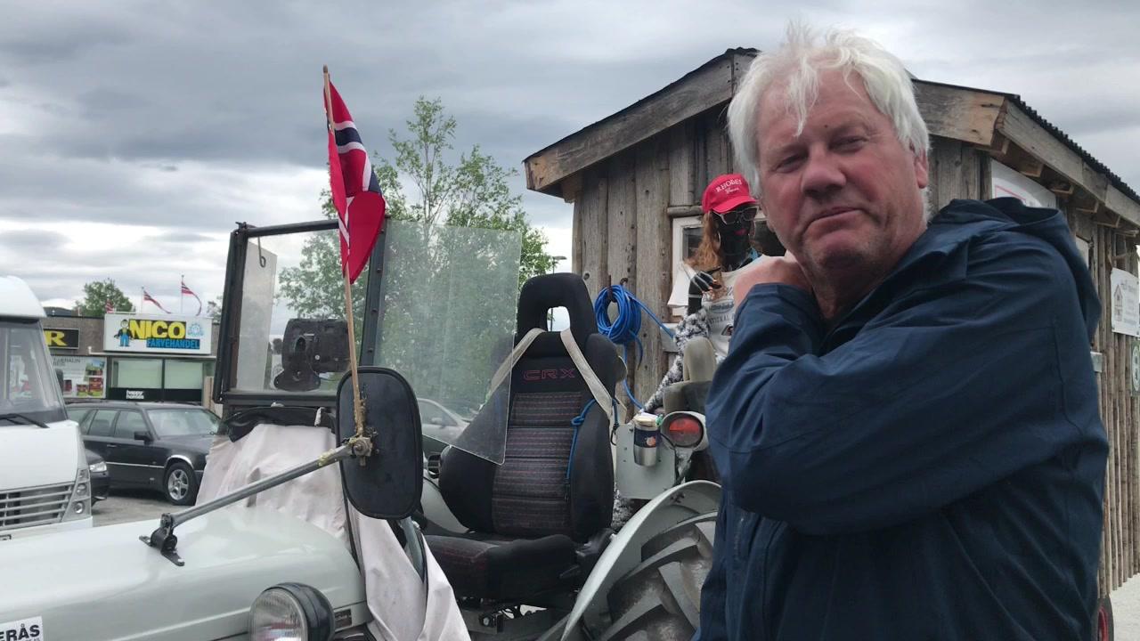 Svein kjører til Kirkenes i sin Gråtass