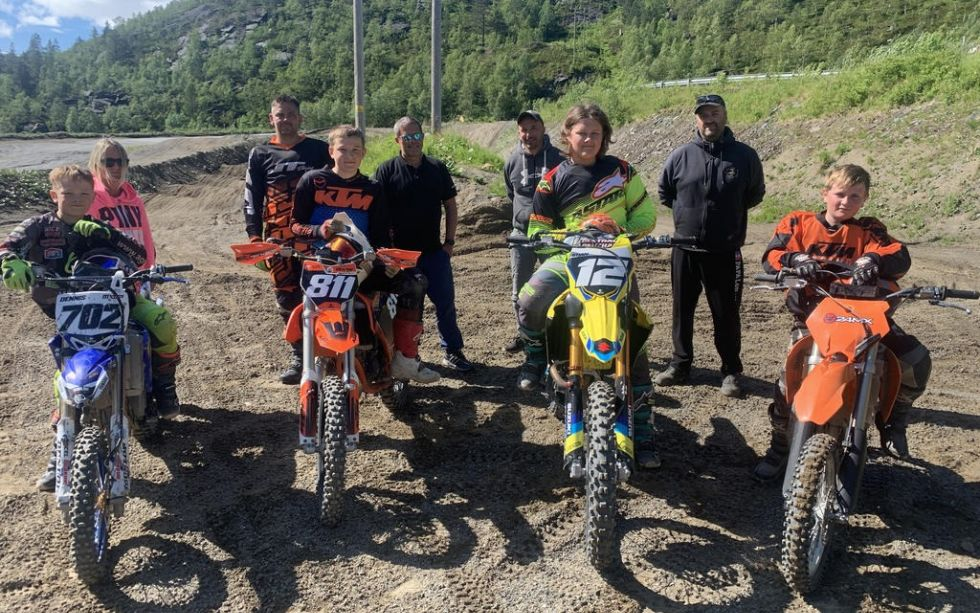Trener motocross for fullt i Dråvika