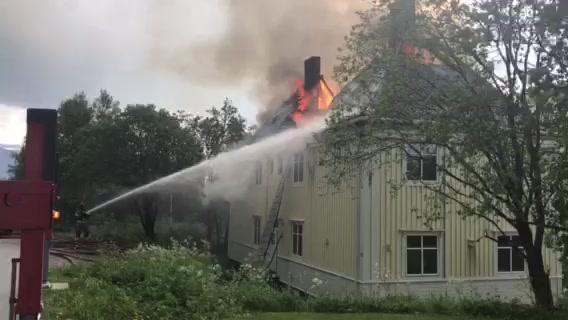 Brann i bolighus i Sulis