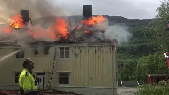 Brann i bolighus i Sulis 2