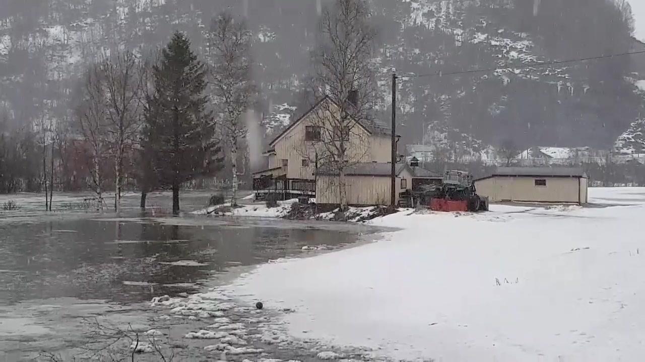 Flom og isgang i Beiarelva